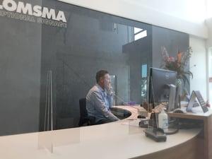 Corona preventie scherm kassa balie werkplek covid