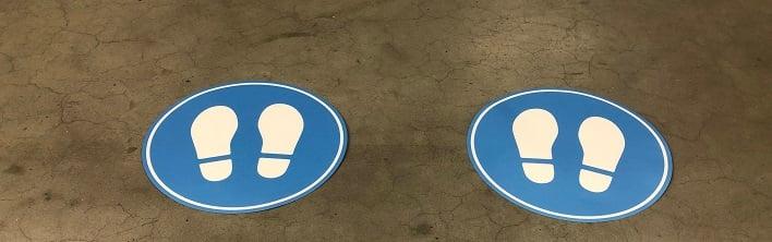 social distancing vloerstickers en looproute stickers
